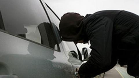 ВБалашове двое 15-летних молодых людей угнали автомобили
