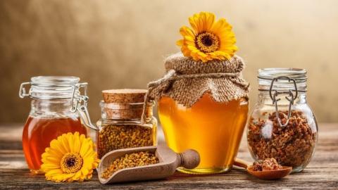 ВСаратове открылась ярмарка меда