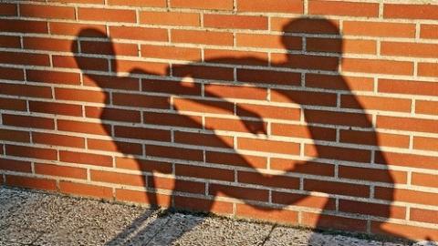 Старшеклассник избил ребенка вшколе Базарного Карабулака