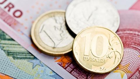 Официальные курсы доллара иевро увеличились на31 и61 копейку соответственно
