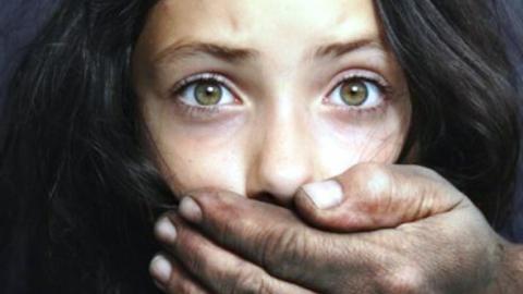 ВСаратове нетрезвый гастарбайтер изУзбекистана изнасиловал школьницу