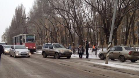 Авария наАстраханской приостановила движение трамваев