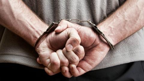 36-летний мужчина зарезал вступившегося за сестренку шурина