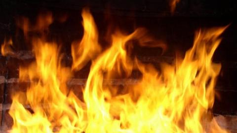 Саратовчанка отравилась угарным газом на пожаре