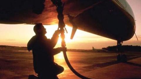 В Саратове офицера осудили за кражу 72 тонн авиационного топлива