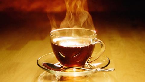 Годовалая девочка опрокинула на лицо кружку с горячим чаем