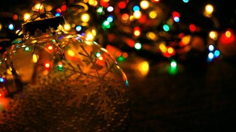 Подготовка к празднованию Нового года завершится до 15 декабря