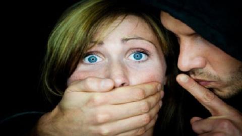 Подозреваемый в изнасиловании школьницы ждет суда