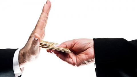 Прокуроры выявили 106 нарушений в сфере противодействия коррупции