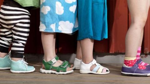 В Саратове оштрафовали 23 продавцов детской обуви