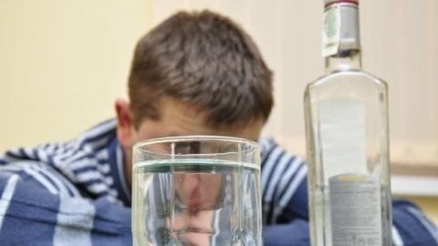 Мужчину осудили за распитие спиртного в доме бывшей возлюбленной