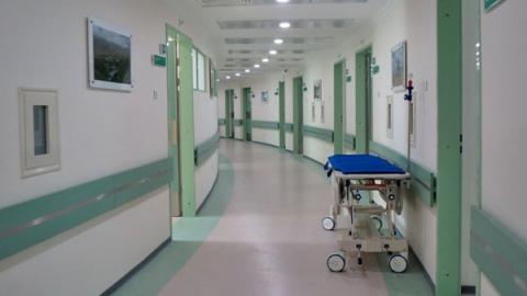 В больнице остались восемь пострадавших в ДТП с трамваем №3