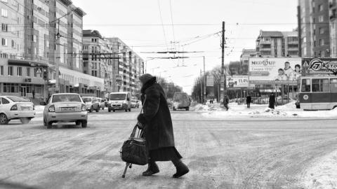 """На пешеходном переходе """"двенадцатая"""" сбила пенсионерку"""