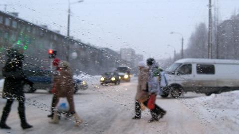 В Саратове за минувшие сутки под колеса авто попали три ребенка