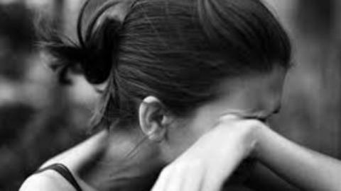 Гражданин Саратова изнасиловал 18-летнюю соседку влифте