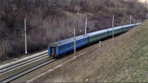 Около Саратова мужчина попал под поезд