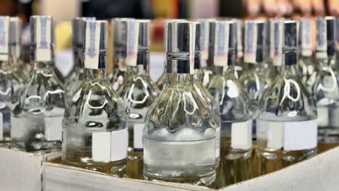 Полицейские изъяли 376 бутылок контрафактного спиртного