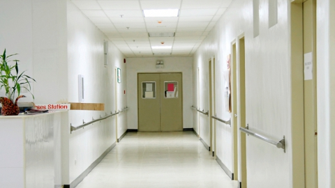В Саратове с интоксикацией госпитализировали несовершеннолетнюю девочку