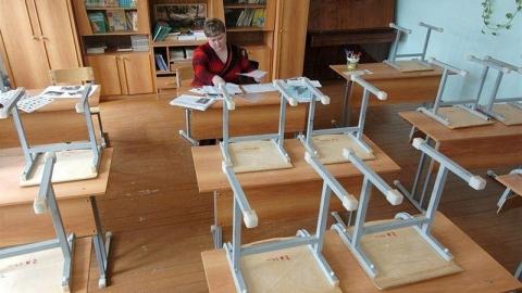 Из-за морозов во всех школах Балакова отменили занятия