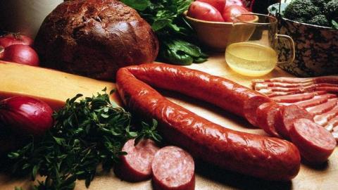 Колбаса исметана вСаратове стоит дороже чем вПФО