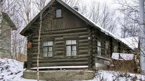 В частном доме найдено тело пенсионера с простреленной грудью