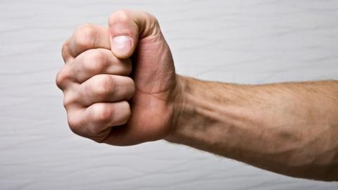 Саратовец признался в избиении пожилого отца