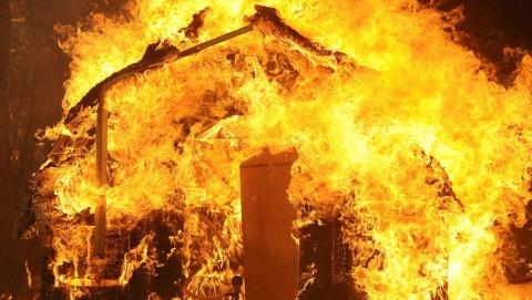 Ночью вБалакове сгорела «Ауди»