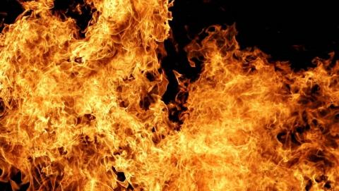 На пожаре под Саратовом погиб пенсионер