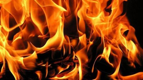 Уроженец Красноармейска погиб на пожаре, саратовец получил ожоги