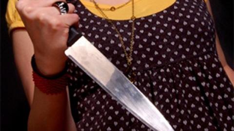 Женщина ударила прежнего любовника ножом всердце