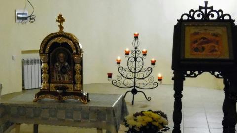 На Рождество губернатор Радаев подарил икону церкви в родном селе