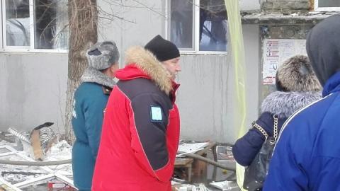 Валерий Сараев лично контролирует ход аварийно-спасательных работ у взорвавшейся многоэтажки