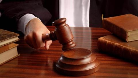 Саратовца осудили за секс со школьницей в автомобиле