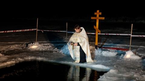 Священники епархии освятят воду в прудах и реках Саратовской области