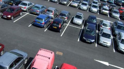 Платные парковки будут приносить миллионы руб. вбюджет Саратова