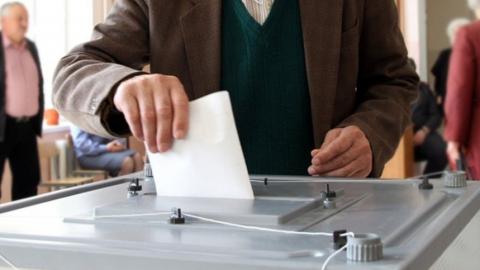 Перед выборами губернатора депутаты устраняют правовые пробелы