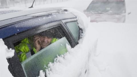 Наулицы Саратова выпало неменее 20см снега