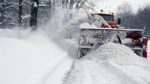 Валерий Радаев раскритиковал работу снегоуборщиков вСаратове