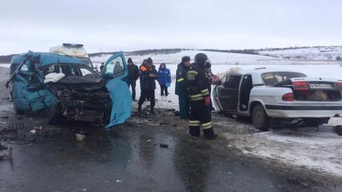 ВСаратовской области вДТП погибли грудной младенец итрое взрослых