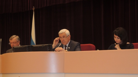В Саратовской области поправили законы о выборах и одобрили план приватизации имущества