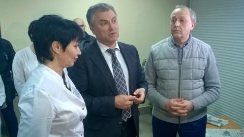 Вячеслав Володин прибыл в Саратовскую область и посетил больницу в Красном Куте
