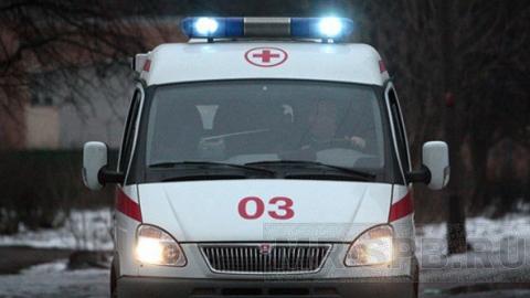 """В саратовской больнице родственник пациентки избил фельдшера """"скорой"""""""
