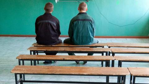 Суд оправил трёх несовершеннолетних закражи иразбой ввоспитательную колонию