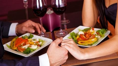 Заотказ приготовить ужин мужчина зарезал свою приятельницу
