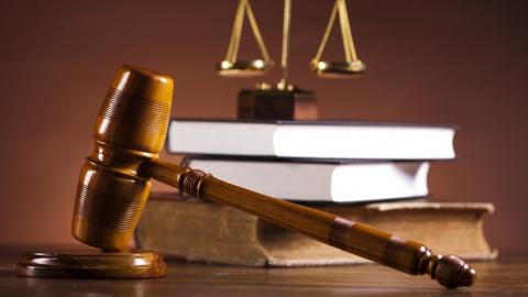 Экс-полицейского осудили завыдуманную историю опьяном жителе Энгельса