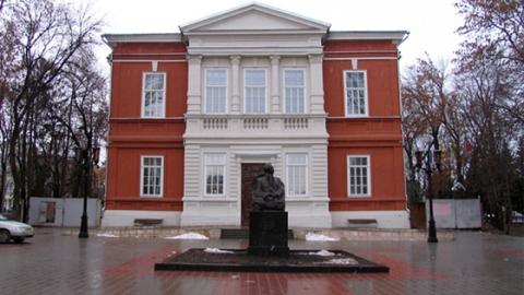 В Саратове появятся памятники Лидии Руслановой и Юрию Киселеву