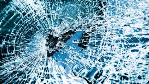 В аварии с маршруткой на Саперной пострадали три человека