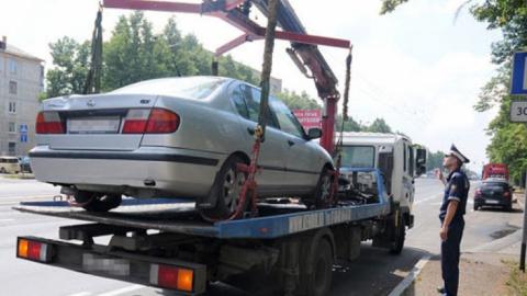 Забирать машину соштрафстоянки разрешат без распоряжения о несоблюдении