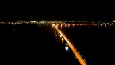 ВСаратове к14мая обновят подсветку моста через Волгу