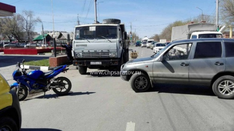 "В Саратове подросток на мотоцикле пострадал в ДТП с ""Нивой Шевроле"""